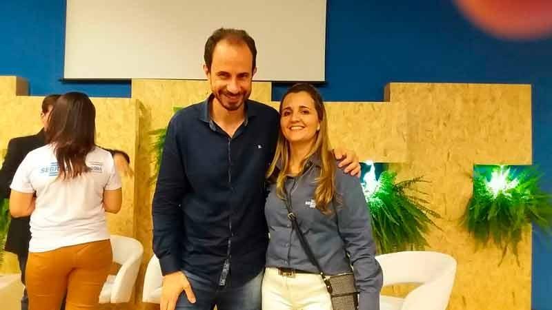 Palestrante Daniel Bizon com Sylvia Pinheiro do SEBRAE RO