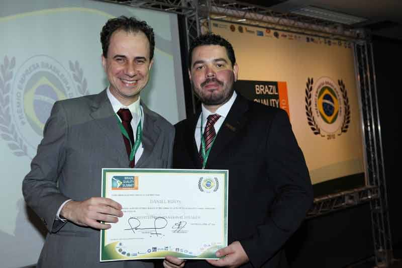 Palestrante motivacional Daniel Bizon premiação