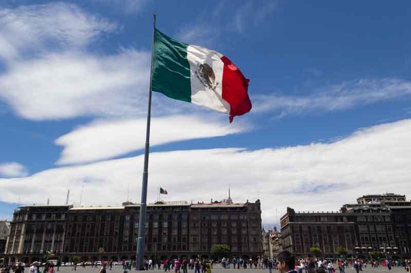 Bandeira do México, país onde Daniel Bizon fará palestra