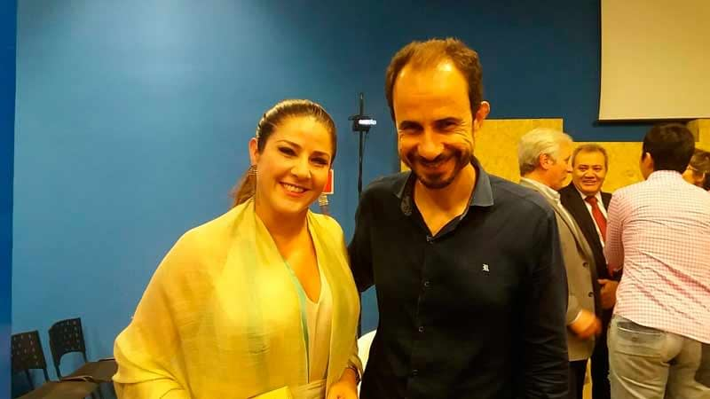 Palestrante Daniel Bizon com Christiane Pelajo na Feira do Empreendedor